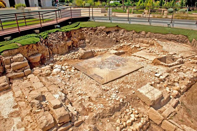 Артефакты экспозиции музея византийского периода