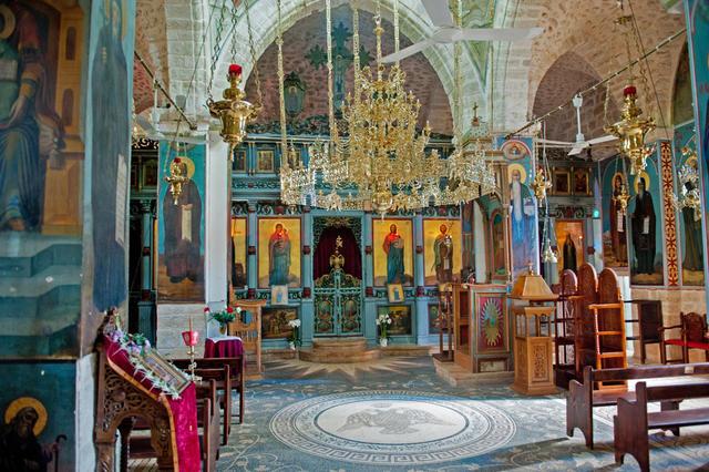 Интерьер верхнего храма преп. Герасима Иорданского